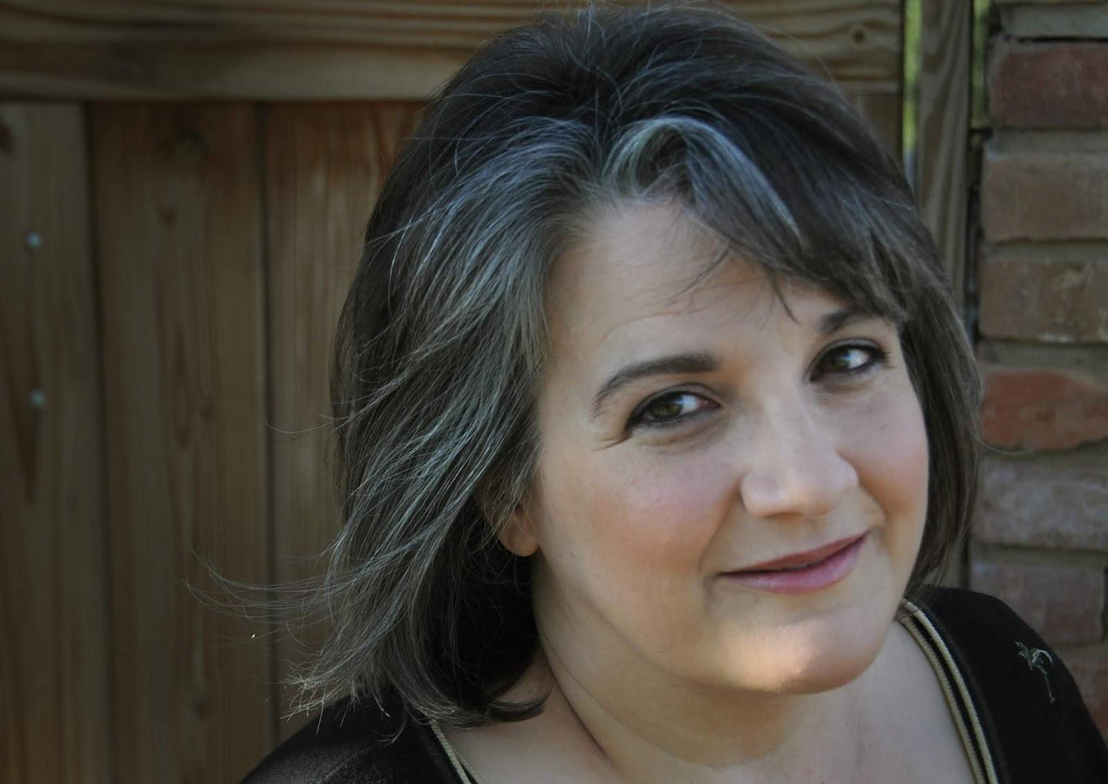 Rachael Miles Author Photo