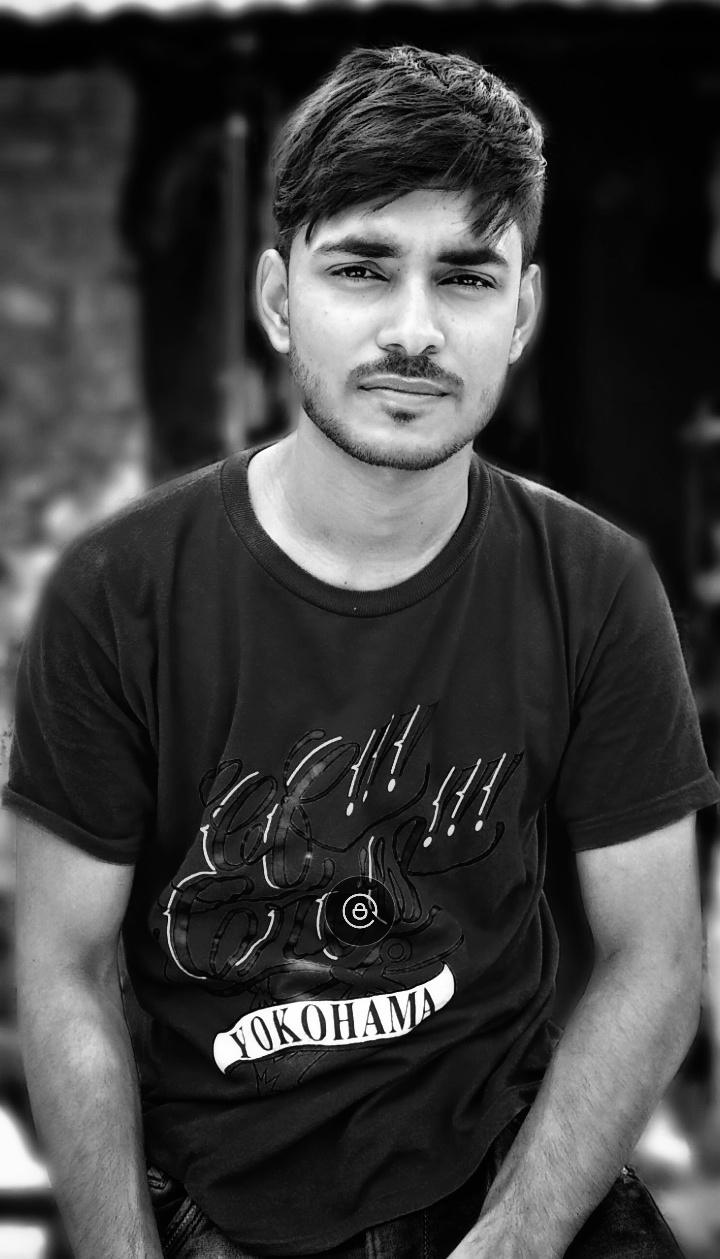 Kundan Sharma Blogger
