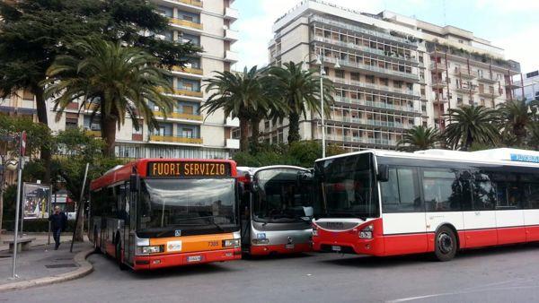 Scuola e trasporto pubblico locale, oggi venerdì di scioperi