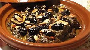 طاجن اللحم بالبرقوق المغربي