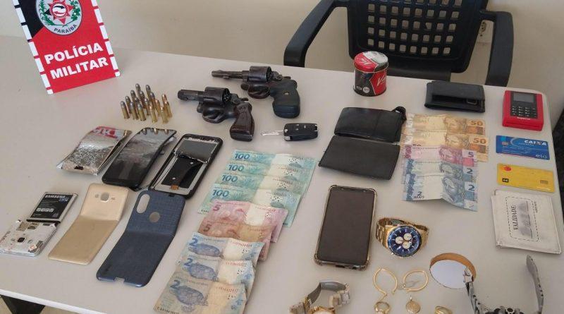 PM frustra roubo a residência, prende suspeitos em flagrante e apreende armas em Brejo do Cruz