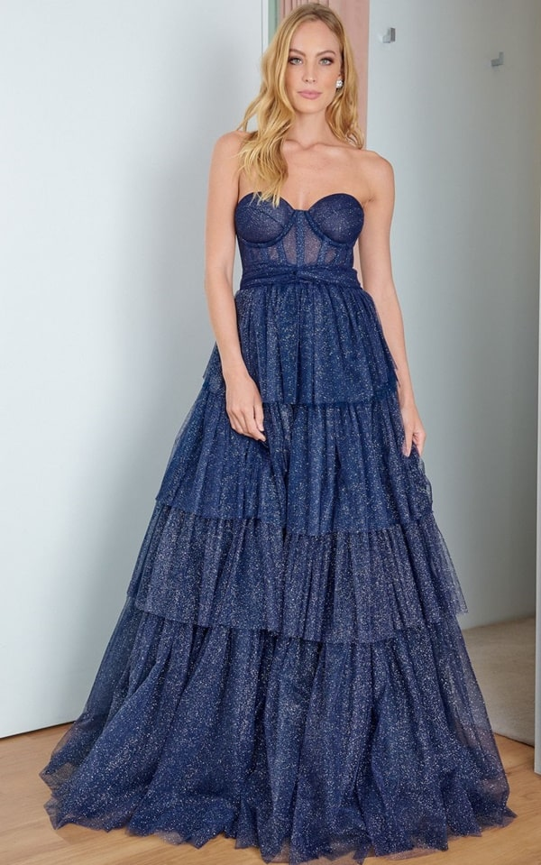 vestido longo azul marinho em tule glitter
