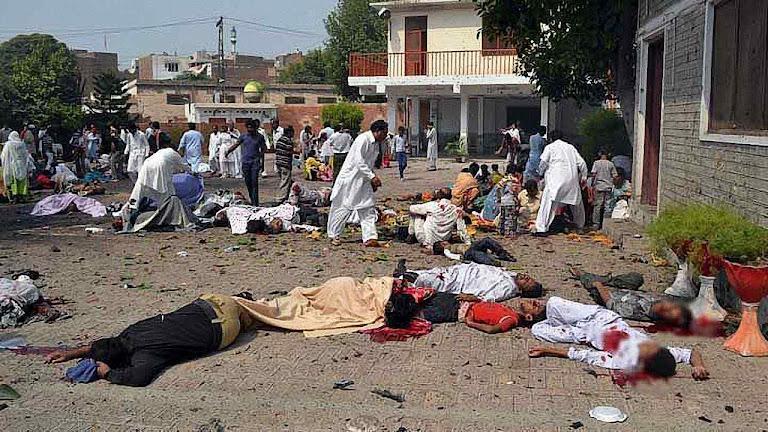Mais um atentado suicida contra igreja cristã em Peshawar, Paquistão. A preocupação vaticana é por supostas chacinas na Amazônia.
