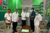 Maju Di Pilkada Luwu Timur, DPW PKB Sulsel Serahkan Rekomendasi B-1.KWK Kepada Thariq Husler - Budiman