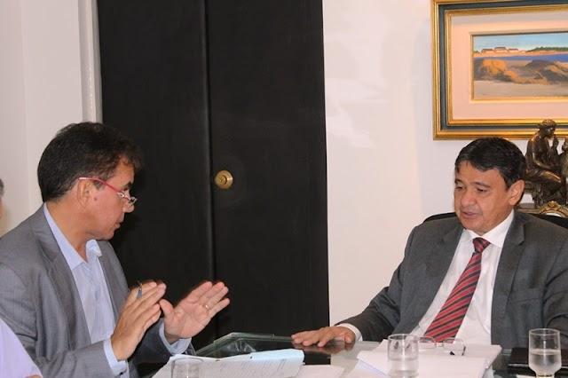 Paulo Martins anuncia conjunto de obras do Governo do Estado para região dos carnaubais