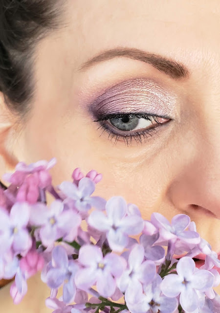 purple eye shadow look