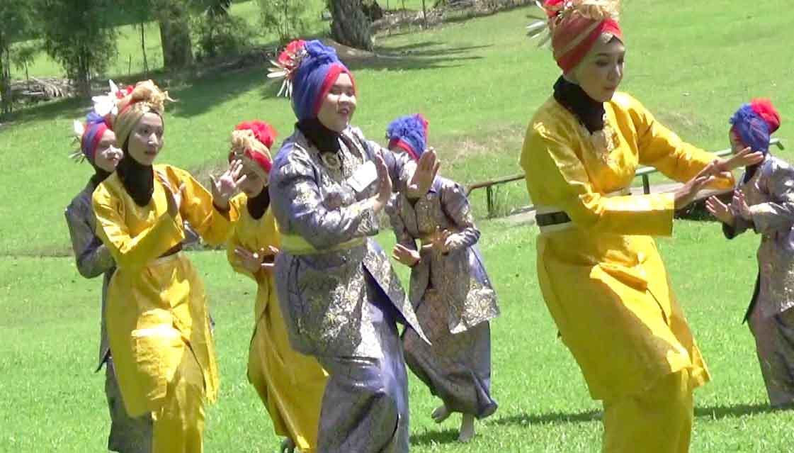 Tari Ula Ula lembing, Tarian Tradisional Dari Aceh (Nanggroe Aceh Darussalam)