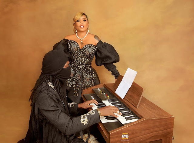 Toyin Lawani set to marry as she shares her Pre-wedding photos with her man(Photos)