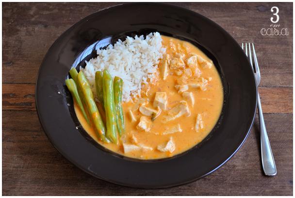 como fazer frango curry vermelho