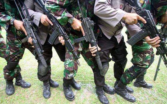 Latihan penanggulangan teror TNI-Polri