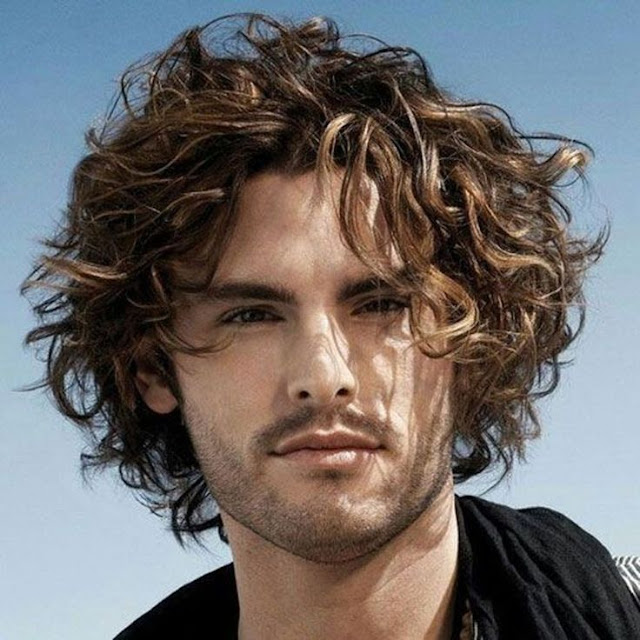 Long Hair Curly Hairstyle