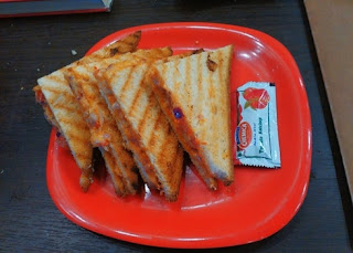 Potato_masala_sandwich_on_tawa_recipe