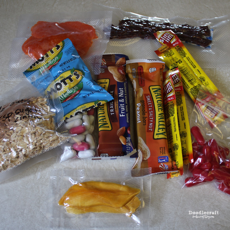 http://www.doodlecraftblog.com/2015/07/camping-week-72-hour-kits-food.html