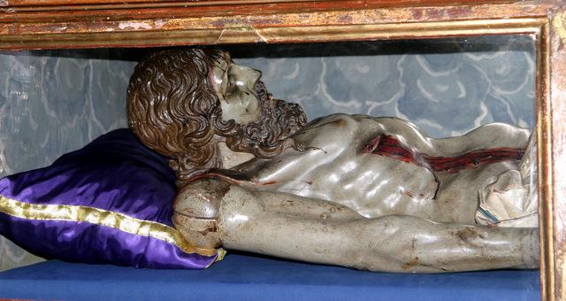 Cristo yacente, foto de medio cuerpo