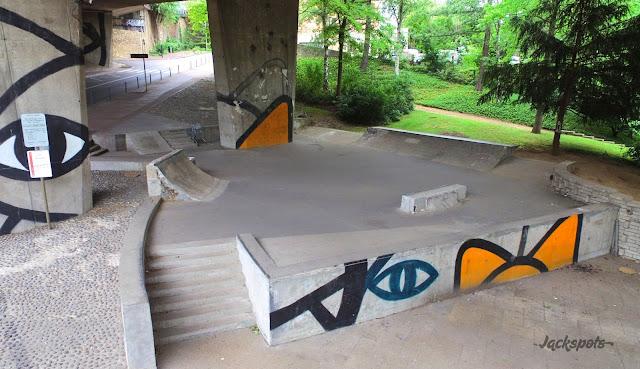 skate park sevres paris drone