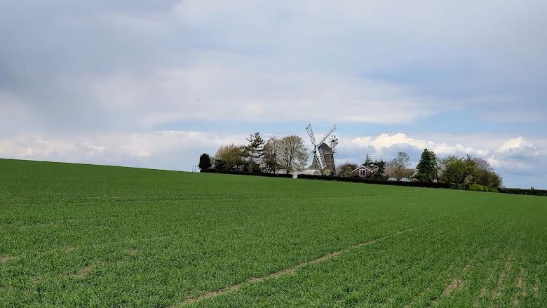 特地騎一段路到劍橋郊區找風車 - Fulbourn Windmill