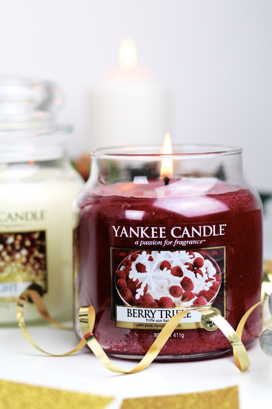 Yankee Candle Berry Trifle Medium Jar