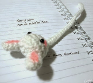 http://translate.google.es/translate?hl=es&sl=en&u=http://littleyarnfriends.com/post/24387454331/crochet-pattern-lil-bunny-bookmark&prev=search