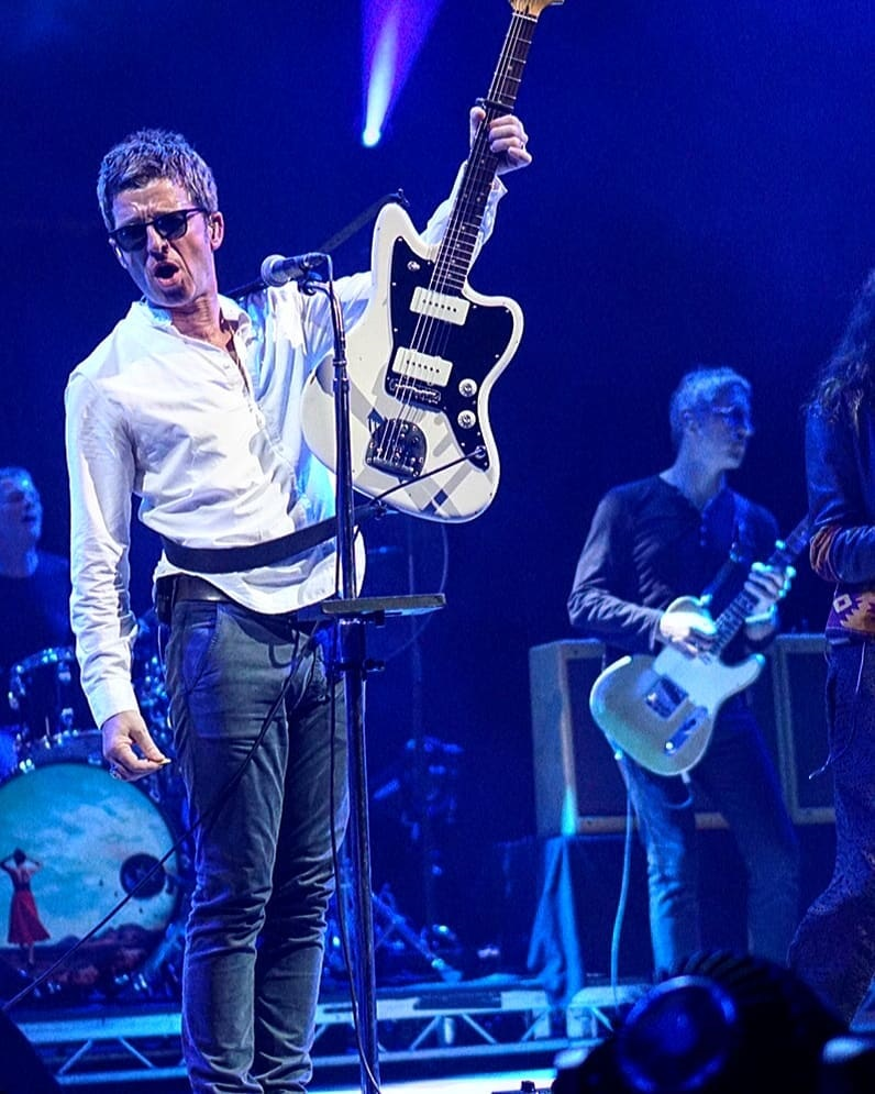 setlist video and pictures noel gallagher 39 s high flying birds in mountain view latest oasis. Black Bedroom Furniture Sets. Home Design Ideas