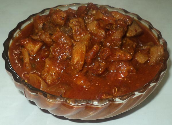 Foodblog pork curry recipe easy pork curry recipe it is very delicious and easy to prepare one can prepare this dish in gravy or dry form avoiding coconut while travelling it can be preserved for 1 2 days forumfinder Images