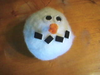 Easy FAKE Felted Snowman Snowball Craft Ornament to make Christmas Tree Decoration