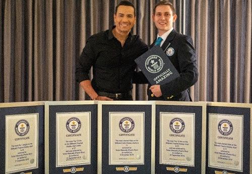 Guinness World Records™ presenta oficialmente a VICTOR MANUELLE como el artista con la mayor cantidad de éxitos musicales registrados en la lista de Billboard Latin Airplay