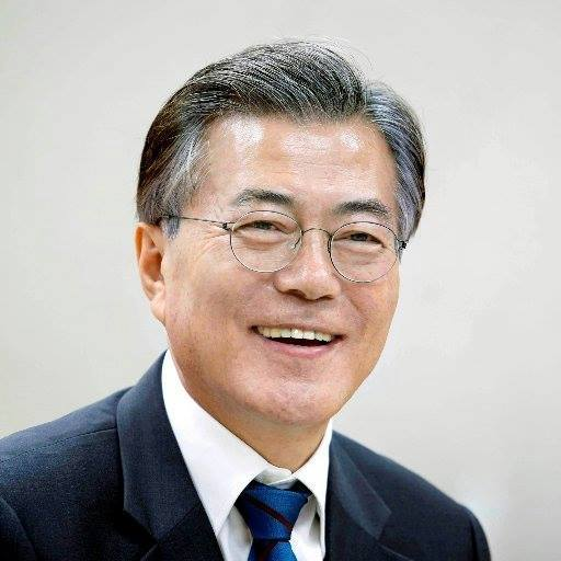 Moon Jae-in Age, Height, Weight, Net Worth, Wife, Wiki, Family, Bio