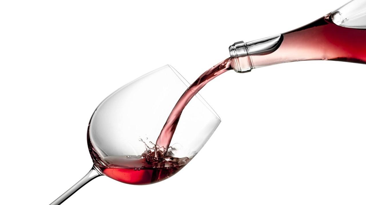 الكحول الطبي، أنواع الكحول، فوائد الكحول، استخدامات الكحول، أضرار الكحول، أسماء الكحول، الكحول الإيثيلي، صيغة الكحول، هل يجوز شرب الخمر للعلاج، هل يجب الاغتسال بعد شرب الخمر، هل يجوز الصلاة بعد شرب الخمر بيوم، كفارة شرب الخمر، هل يجوز الصيام بعد شرب الخمر بيوم، هل يجوز الصلاة على شارب الخمر، متى يباح شرب الخمر، شرب الخمر حلال