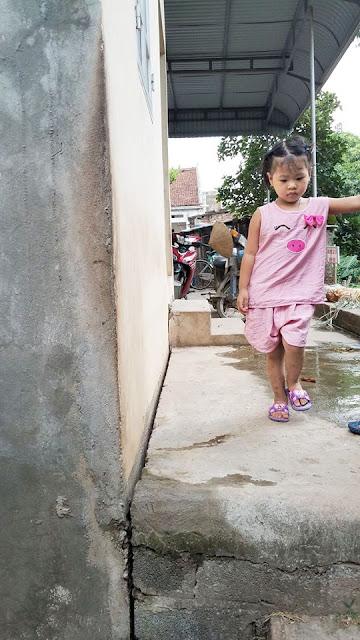 Hà Nội: hàng trăm ngôi nhà chực đổ xuống Sông Đáy