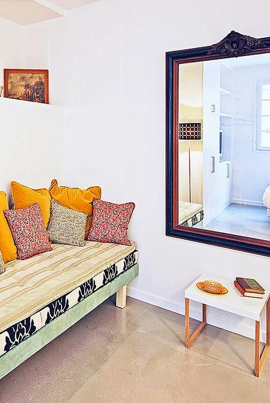 un studio de charme montmartre blog d co mydecolab. Black Bedroom Furniture Sets. Home Design Ideas