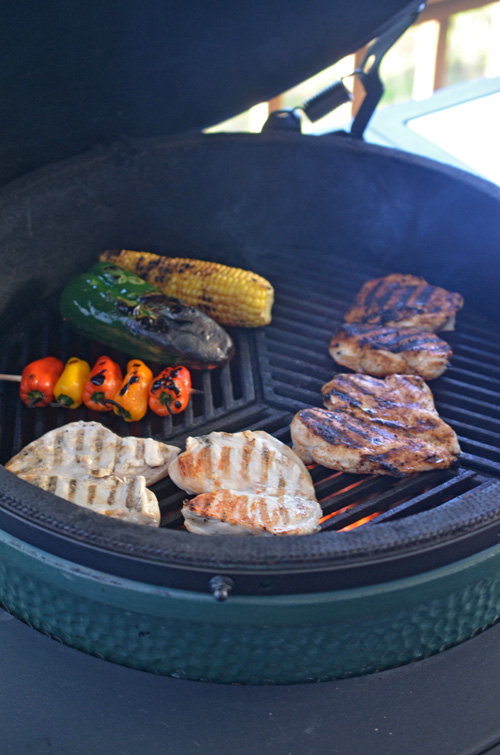 Grilling chicken on the Big Green Egg kamado grill