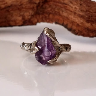 Twig with branch style texture engagement ring - 14k white gold with a amethyst crystal and six 1.3mm 1 point diamonds, three on each side for a beautiful unique engagement ring.  This ring would also make a beautiful promise, anniversary or a great statement ring.
