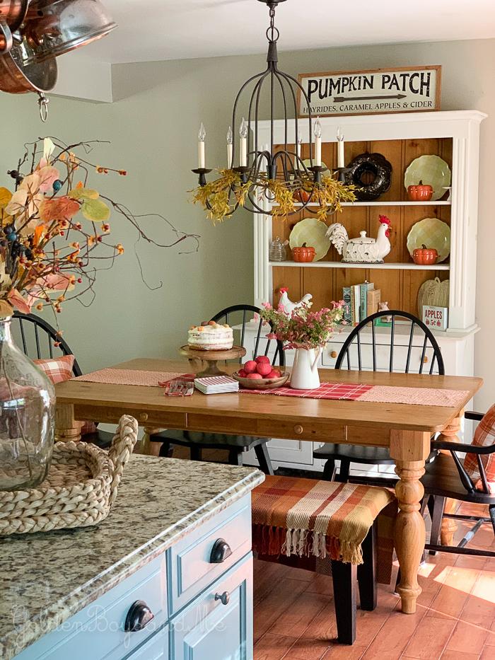 Farmhouse kitchen with fall decor and farmhouse sink - www.goldenboysandme.com