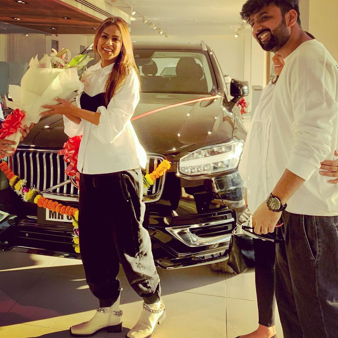 Beauty News: Nia Sharma becomes the proud owner of SUV car, shares happy video