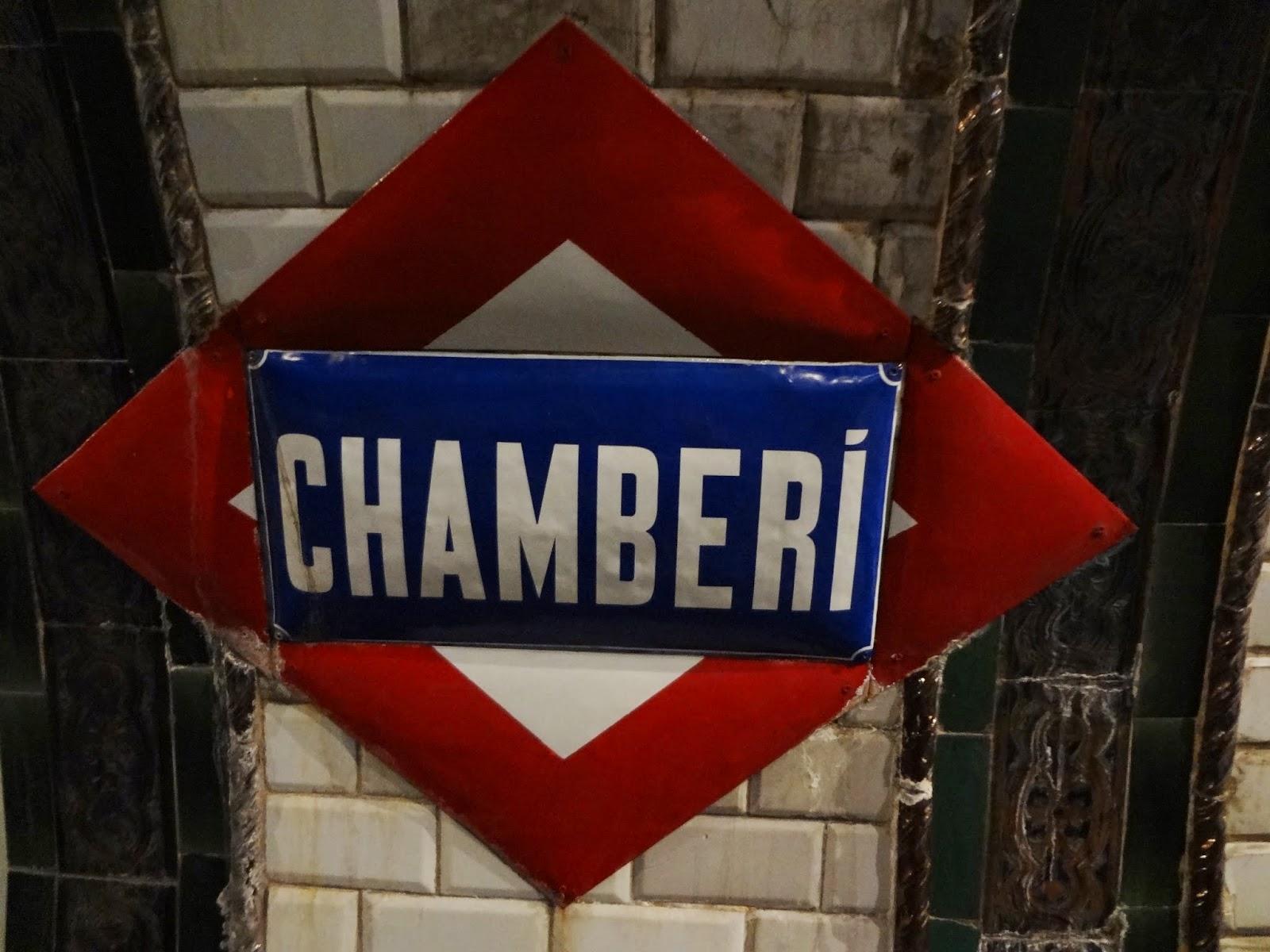 Letrero de la estación de Chamberí