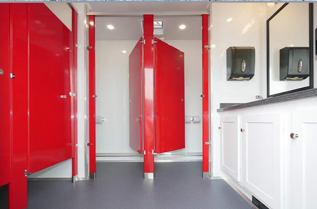 Foyer area in Ladies bathroom