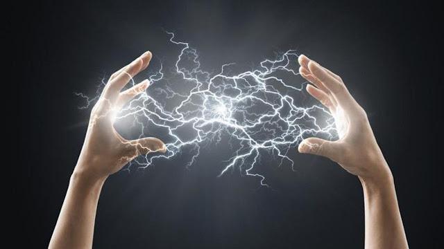 الشعور بلسعات كهربائية الكهرباء الساكنة