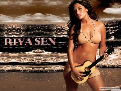 Bollywood Hot Actress In Bikini Bollywood Actress in Bikini Pics 68