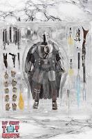 S.H. Figuarts The Mandalorian (Beskar Armor) Box 05