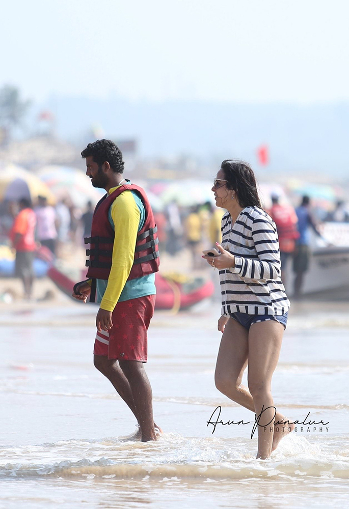 Tourists at Goa beach, Arun Punalur