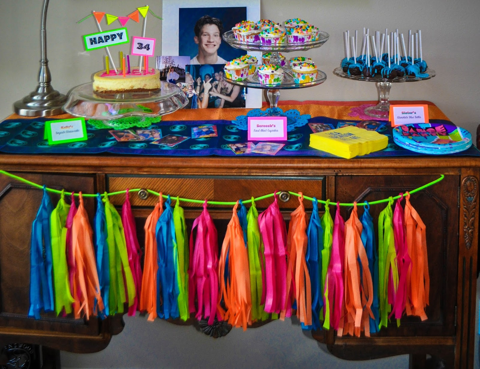 90s Theme Party Decorations Sweet Pea And .. & 90s decorations ideas | My Web Value