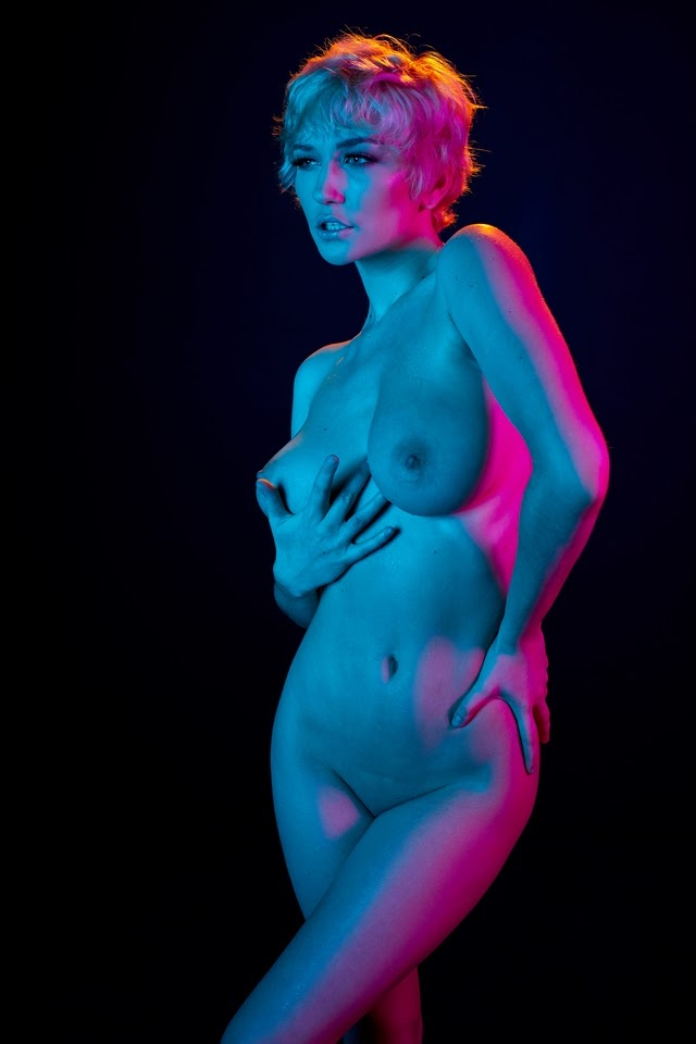 [HollyRandall] Skye Blue - Psychedelic 1592295284_hra931-022