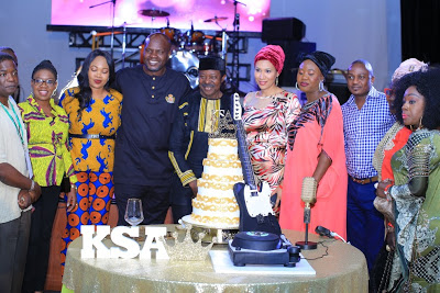 Check-out-this-Stunning-Photos-of-King-Sunny-Ade-as-he-celebrate-is-70th-Birthday