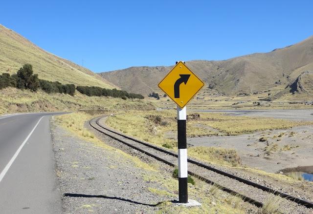 Alugar um carro no Peru - Estrada Lima - Cusco