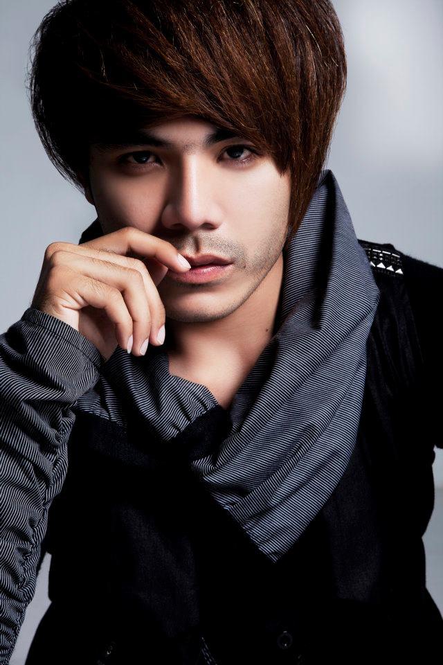 Cambodian Stars Popular Male Singer Chhorn Sovanreach-8224