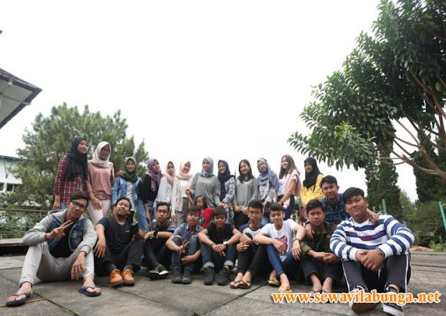 Villa Untuk Kelulusan Dan Liburan Sekolah Di Lembang