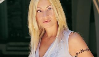 Η Λένα Παπαδοπούλου ξεκίνησε τα μπάνια της- Δείτε την με μαγιό - EIKONEΣ