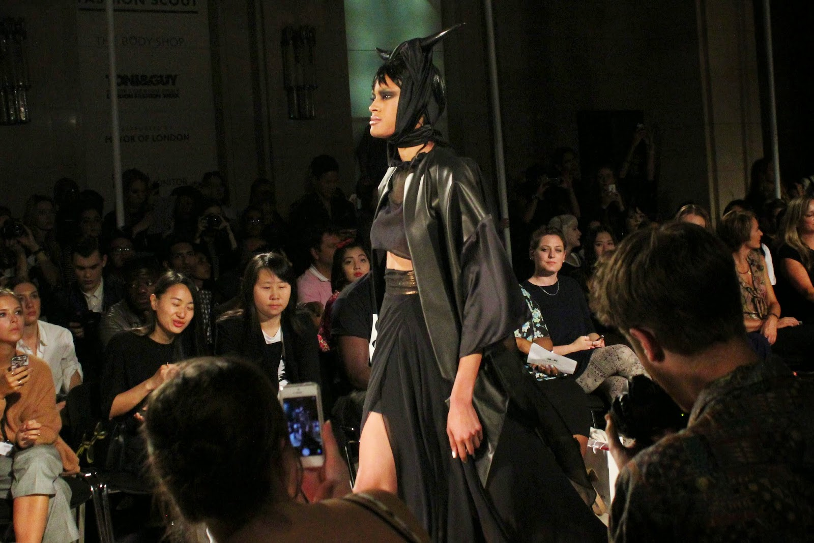 london-fashion-week-2014-lfw-spring-summer-2015-blogger-fashion-Dora-Abodi-catwalk-models-freemasons hall-fashion-scout-top-maxi-skirt-jacket-headdress-horns