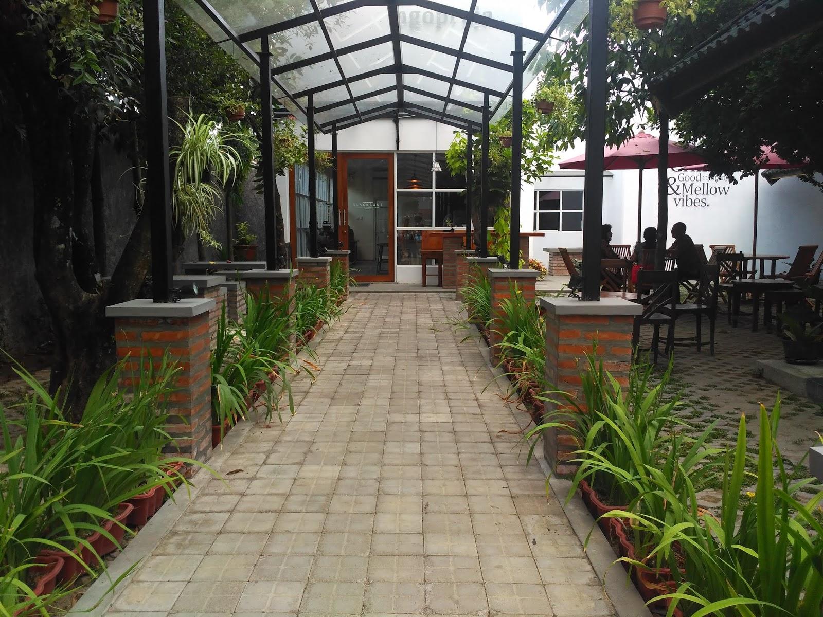 Blacbone Cafe Yogyakarta