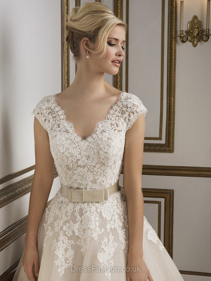 Ivory Ball Gown V-neck Tulle Sashes/Ribbons Ankle-length Wedding Dresses
